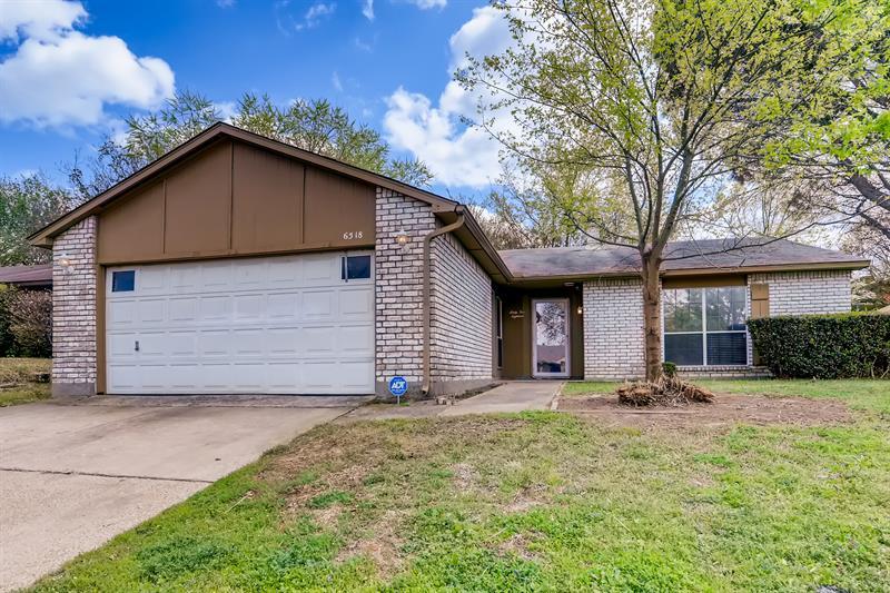 Photo of 6518 Greenspring Drive, Arlington, TX 76016