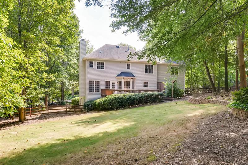 Photo of 880 Freemanwood Ln, Alpharetta, GA 30004