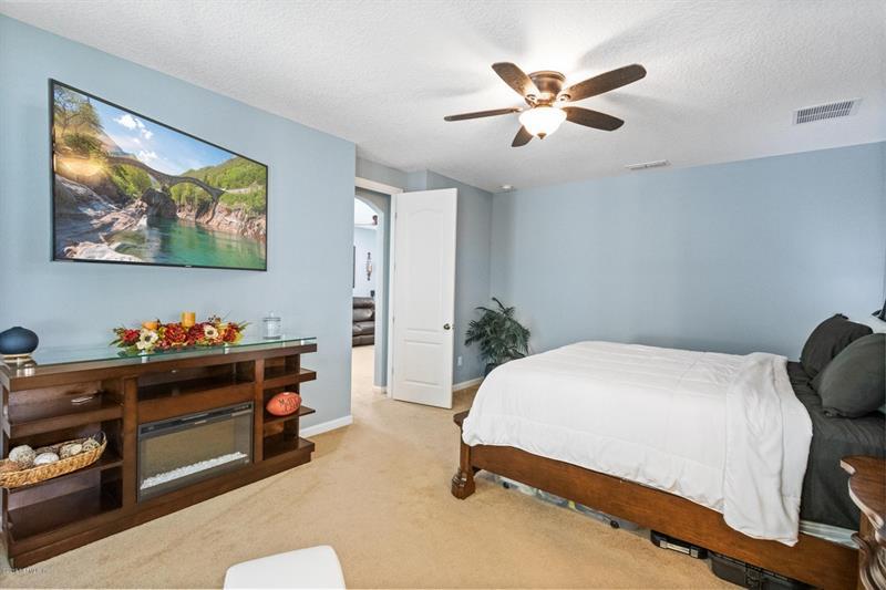 Photo of 15749 Lexington Park Blvd, Jacksonville, FL, 32218