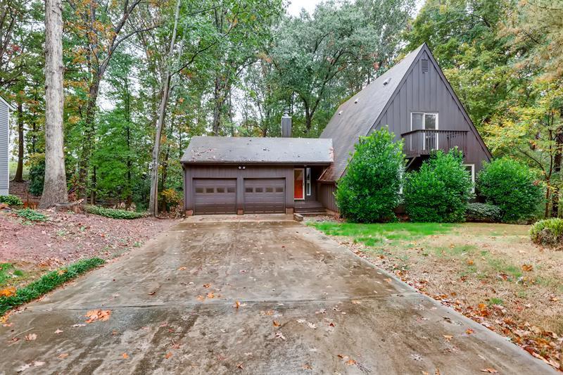 Photo of 9418 Fairway Ridge Rd, Charlotte, NC, 28277