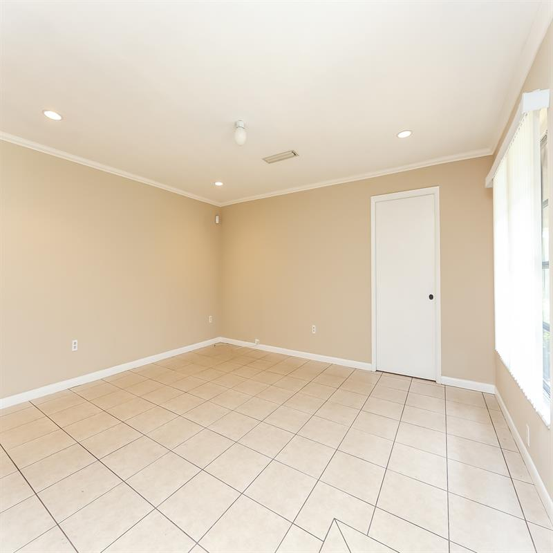 Photo of 3853 Lake St, Fort Myers, FL, 33901