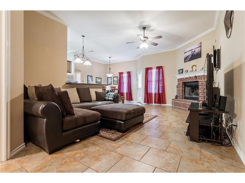 Photo of 309 Highmeadow Rd, Aubrey, TX, 76227