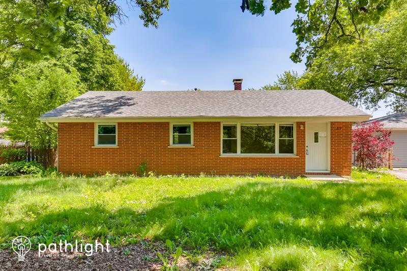 Photo of 37 Briarwood Drive, Crystal Lake, IL, 60014