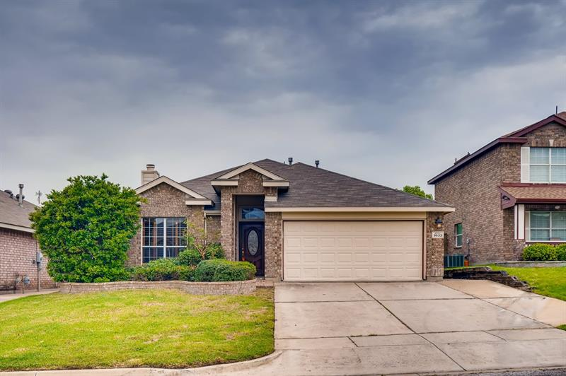 Photo of 9633 Maryville Ln, Fort Worth, TX, 76108