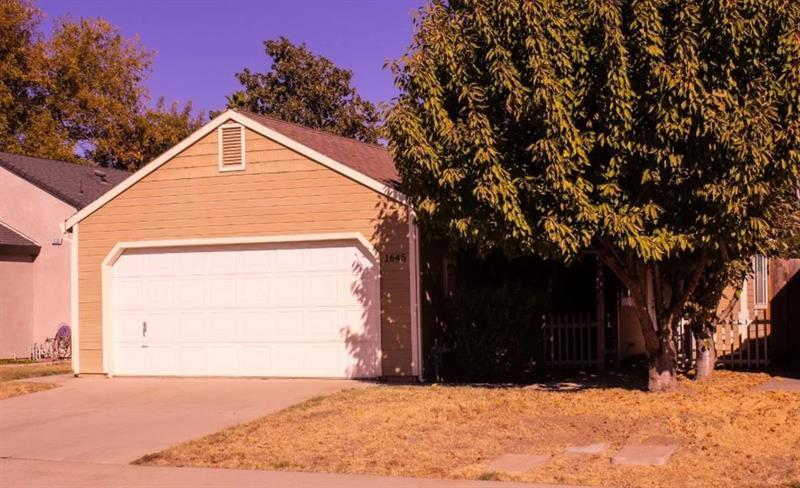 Photo of 1649 Winston Circle, Oakdale, CA, 95361