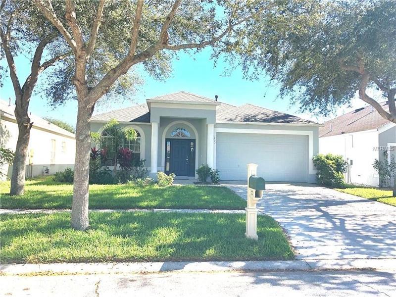 Photo of 6821 Monarch Park Drive, Apollo Beach, FL, 33572