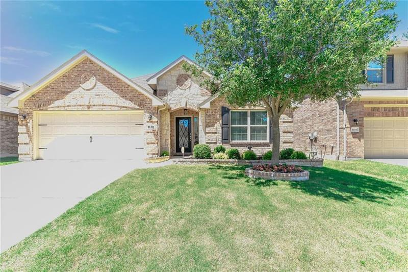 Photo of 1120 Crest Meadow Dr, Haslet, TX, 76052