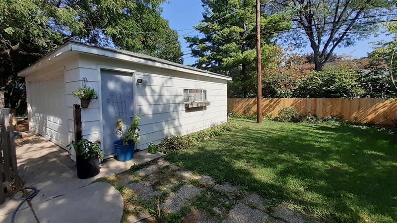 Photo of 611 South Arlington Heights Road, Arlington Heights, IL, 60005