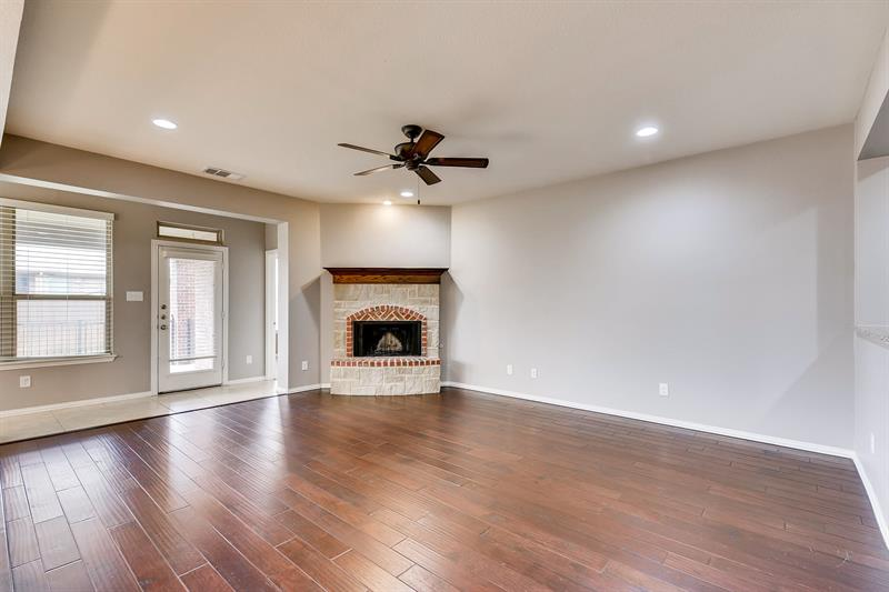 Photo of 1161 Crest Meadow Dr, Haslet, TX, 76052