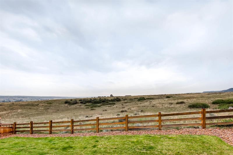 Photo of 7686 Oasis Drive, Castle Rock, CO, 80108