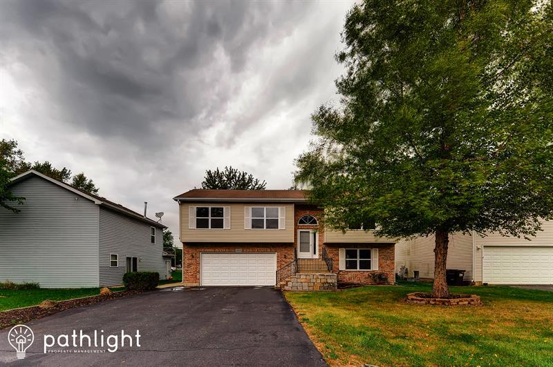 Photo of 1406 Teakwood Lane, Crystal Lake, IL, 60014