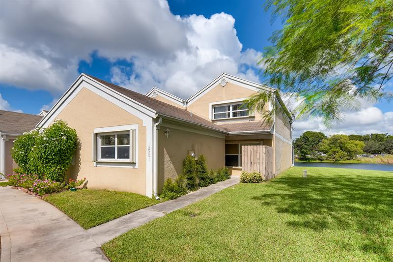 Photo of 12261 Northwest 15th Street, Pembroke Pines, FL, 33026
