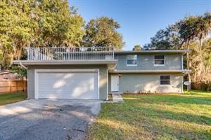 Home for rent in Leesburg, FL