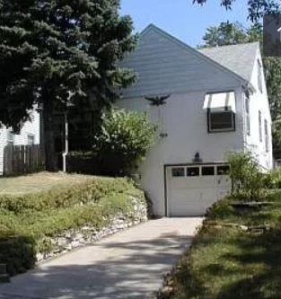 Photo of 642 Brimhall St, Saint Paul, MN, 55116