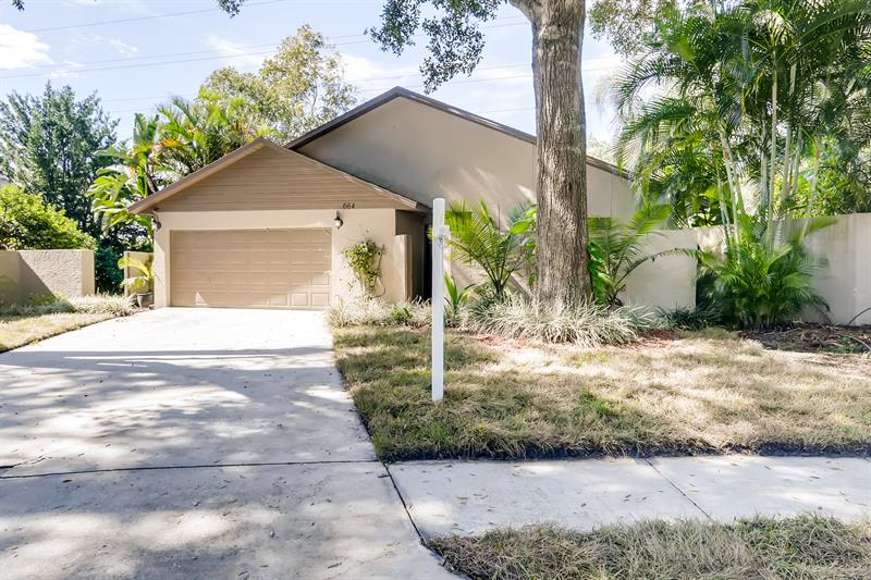 Photo of 664 Channing Drive, Palm Harbor, FL, 34684