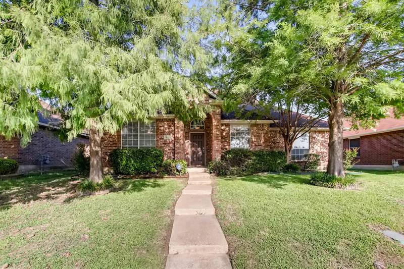 Photo of 913 Parkwood Trail, Mesquite, TX, 75149