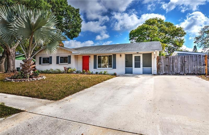 Photo of 3709 Winderwood Dr, Sarasota, FL, 34232