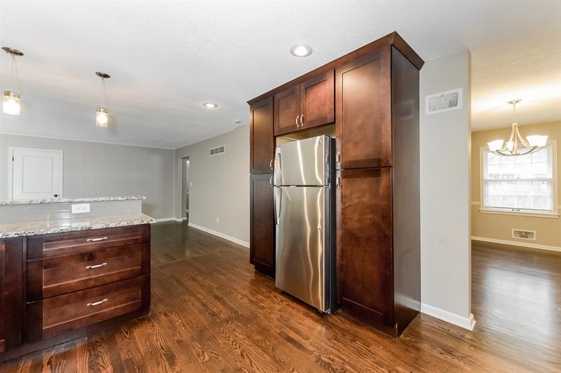 Photo of 6913 W 101st Terrace, Overland Park, KS, 66212