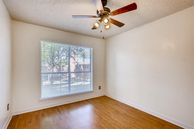 Photo of 5421 Crater Lake Drive, Fort Worth, TX, 76137