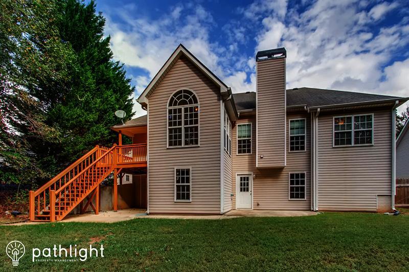 Photo of 132 Avondale Circle, Newnan, GA, 30265