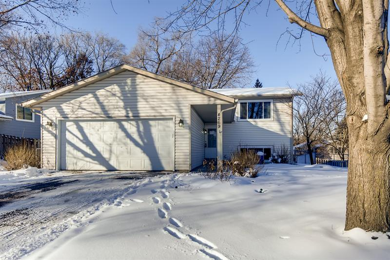 Photo of 4269 Braddock Trail, Eagan, MN, 55123