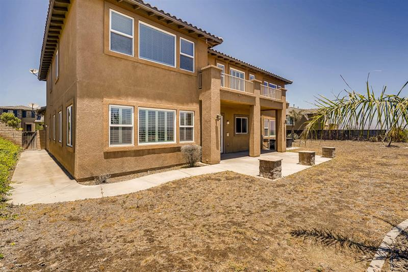 Photo of 18338 Lakepointe Dr, Riverside, CA, 92503