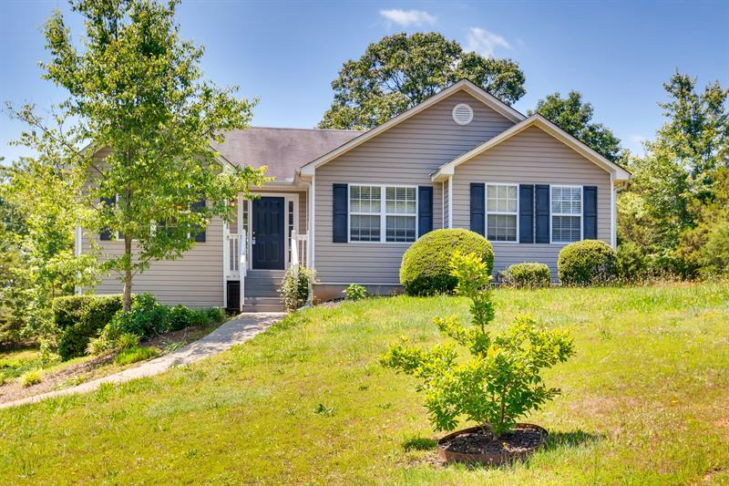 Photo of 7020 Cedar Ct, Gainesville, GA, 30506