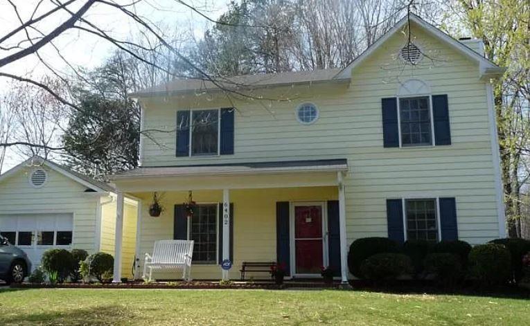 Photo of 6402 River Hills Dr, Greensboro, NC, 27410