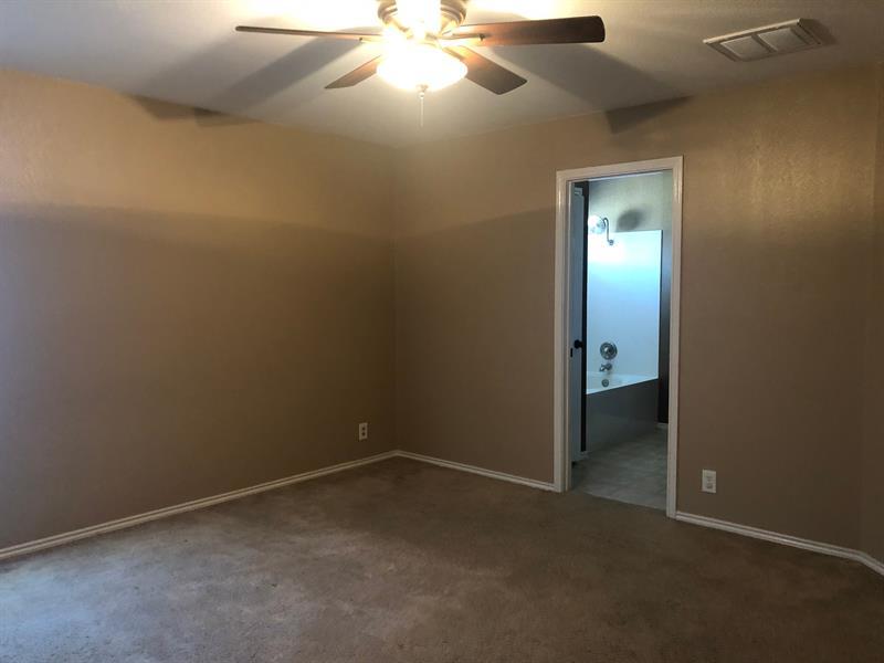 Photo of 320 Almquist St, Hutto, TX 78634