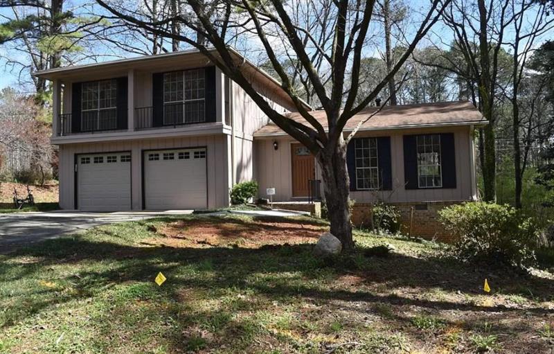 Photo of 628 Cedrick Lane, Stone Mountain, GA, 30087