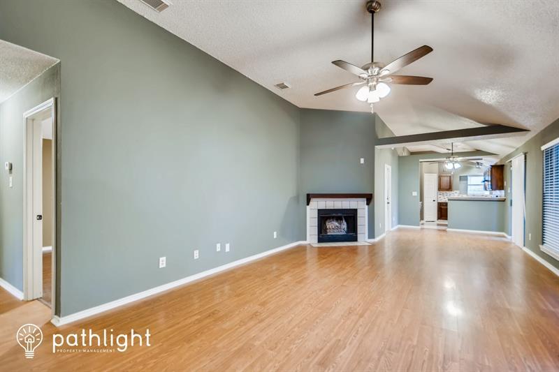 Photo of 1424 Savannah St, Mesquite, TX, 75149
