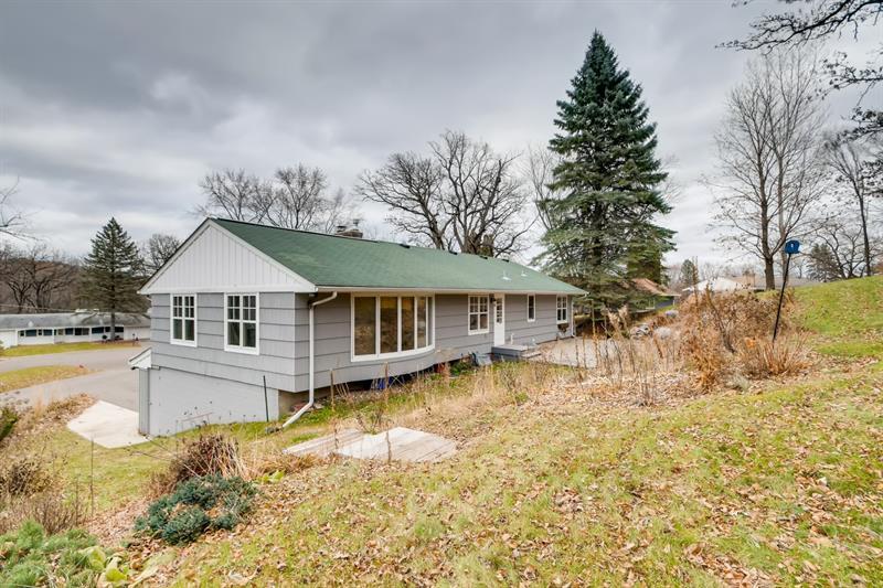 Photo of 4610 Lynwood Terrace, Minnetonka, MN, 55345