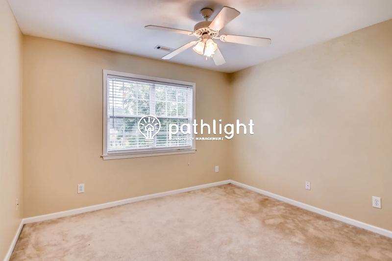 Photo of 130 Ralston Ct, Fayetteville, GA, 30215