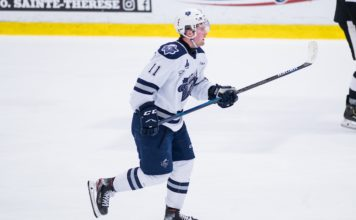 Lafrenière in action in a QMJHL game between the Rimouski Océanics and the Blainville-Boisbriand Armada on November 23, 2019, at the Bell Centre in Montreal, QC (Photo by Vincent Ethier/CHL)