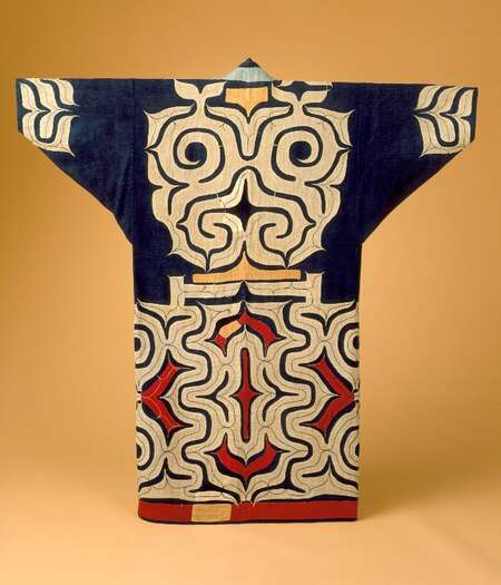 This Ainu robe dating from the late Edo (1615-1868)-early Meiji (1868-1912) periods in Japanese history, is an example of symmetrical design typical of egalitarian societies. The Ainu were primarily hunter-gatherers in this early period.