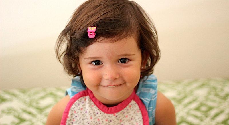 Kid toddler bib food smile