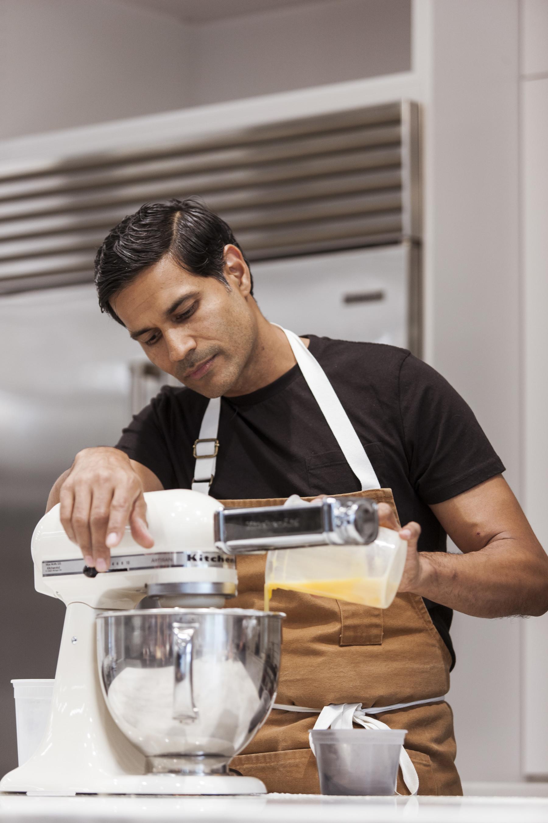 Akhtar Nawab - Gina DeSimone _ © Time Inc. Food Studios