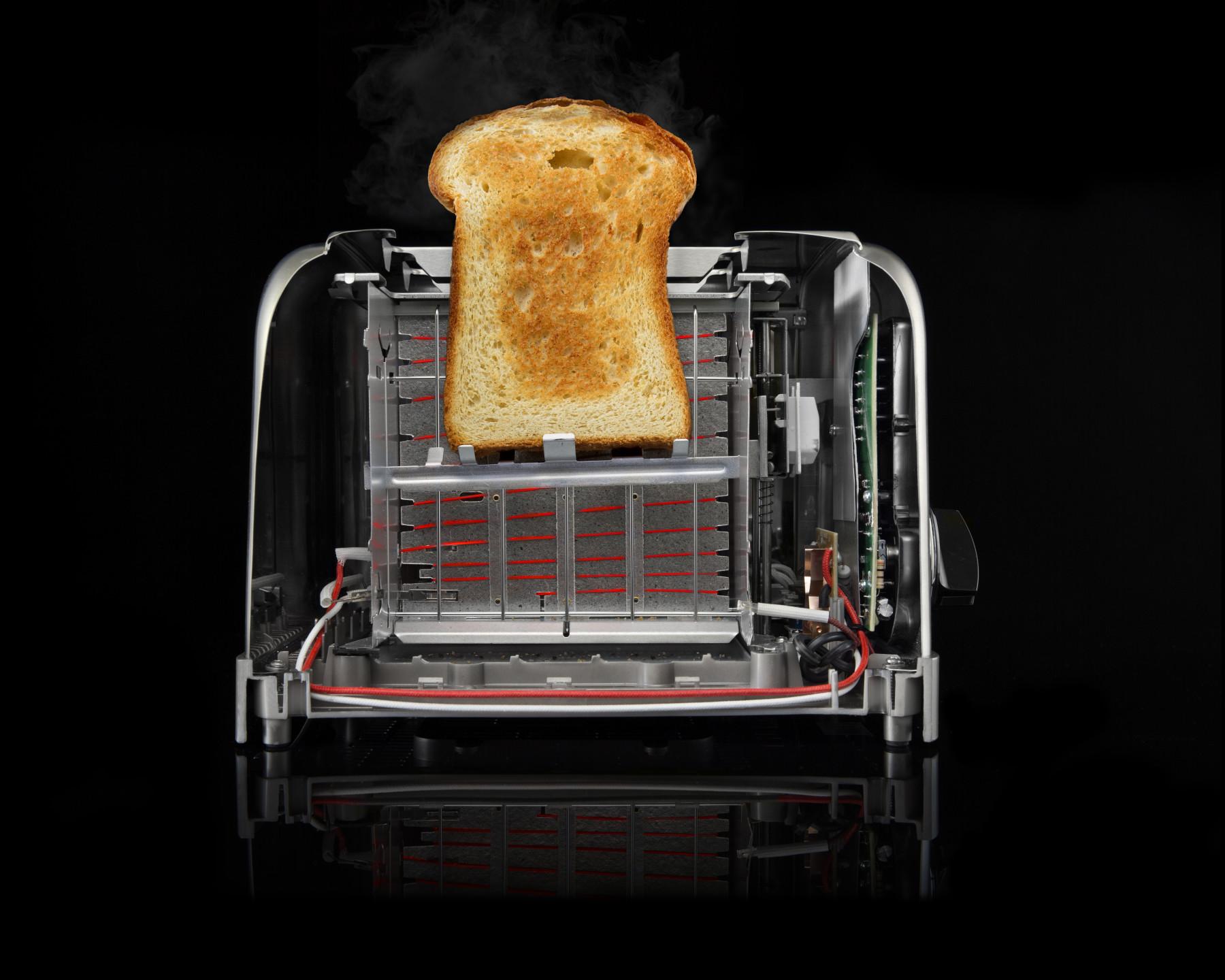 Toaster Cutaway_Toast V2_EDIT_29333