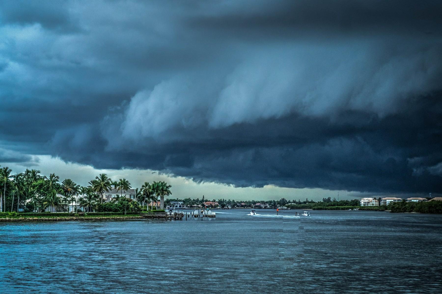 storm-407963_1920 (1)
