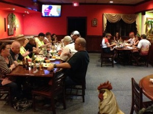 16-dinner-group-04