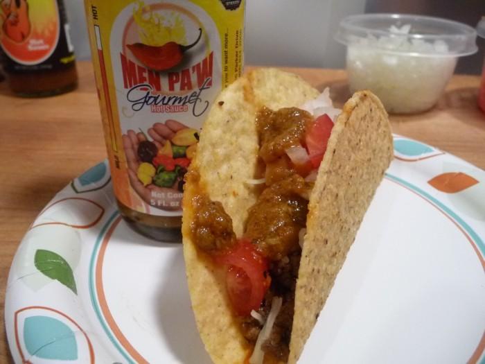 Men Paw on tacos