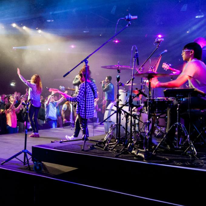 Standar Tim Penyembahan | Band dan Pemain Musik