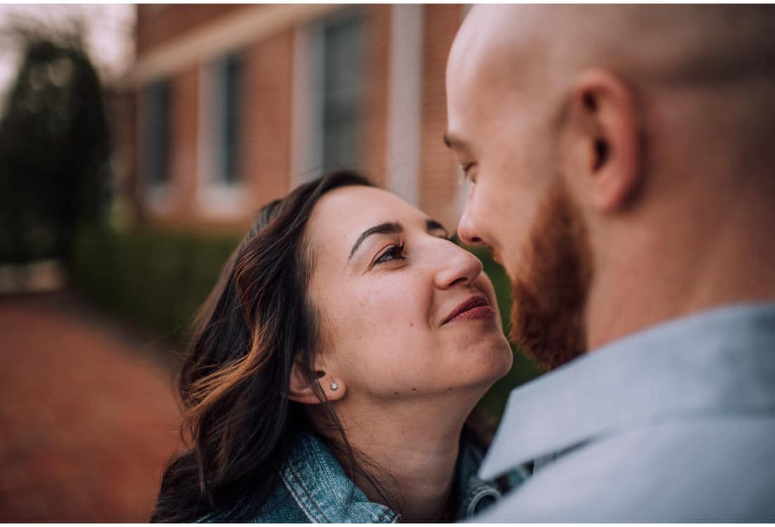 Maria&Brandon Engagement Photographer Hollins University Roanoke Virginia 2018