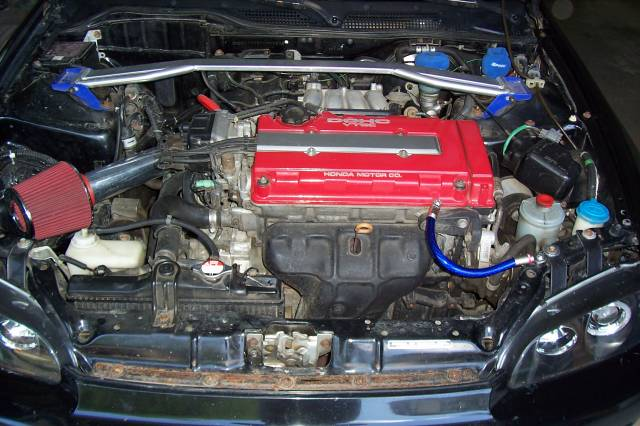 Recent pic of engine bay showing off 0 gauge ground wires