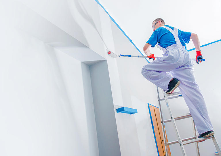 6 Factors to Consider When Hiring Professional Painters