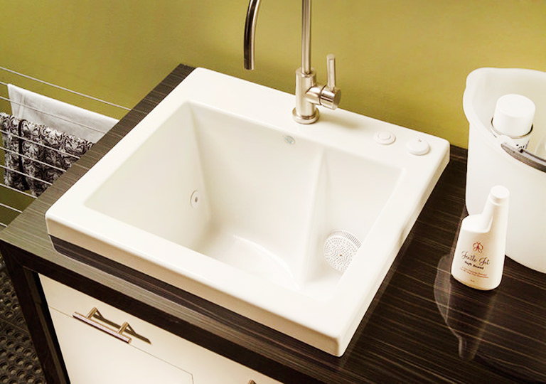 Laundry Sink with Jets
