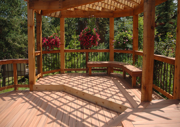 how to build decking