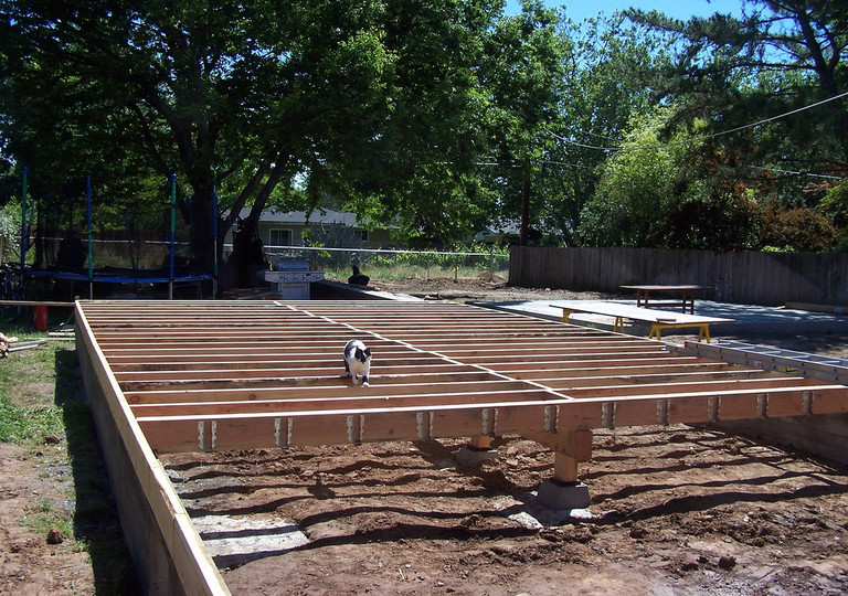 how to build a decking frame
