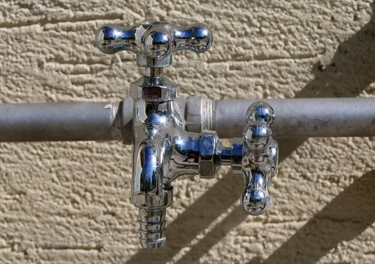 what are the different types of plumbing