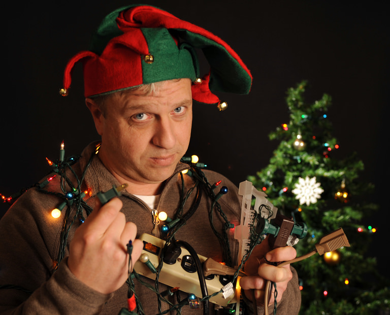 Electrical Safety Tips This Christmas | HIREtrades